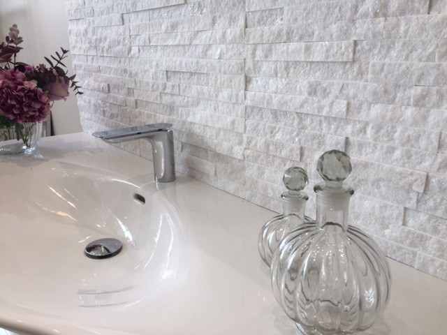 #petra3d quartz split faced tile has arrived & looks gorgeous with this #Laufen Palace basin @love_bathroom #bathroomshowroom #Reigate